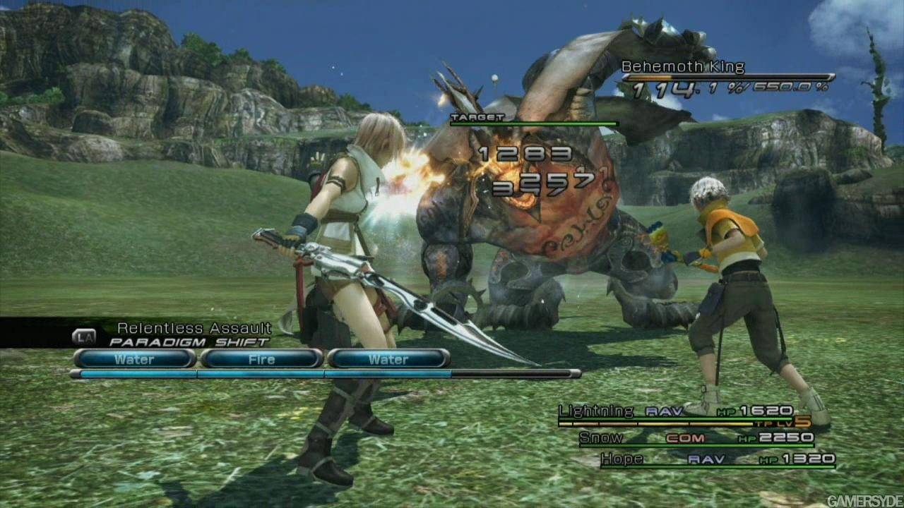 Final Fantasy XIII combat in action  The stagger gauge is in the upper    Final Fantasy Xiii Gameplay